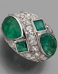 An Art Deco platinum, diamond and emerald ring, circa 1930. #ArtDeco #ring