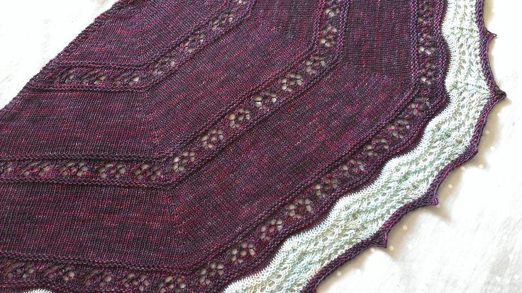 Autumn Crocus shawl http://www.ravelry.com/patterns/library/autumn-crocus