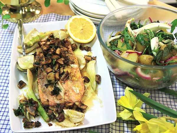 Stekt lax med svamp, fänkål och potatis | Recept.nu