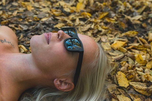 Dunkles Ebenholz - schwarze Gläser - Maori graviert. @wicked_design.at >>Ares<<