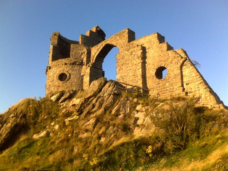 Mow Cop Castle on the Staffordshire Moorlands