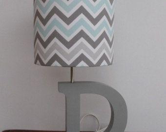 Kleine blau/grau/weiss-Chevron Drum-Lampenschirm - Kinderzimmer oder Knaben-Lampenschirm