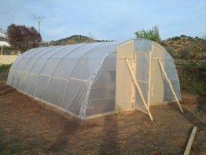 ICómo hacer tu propio invernadero con tubos de PVC