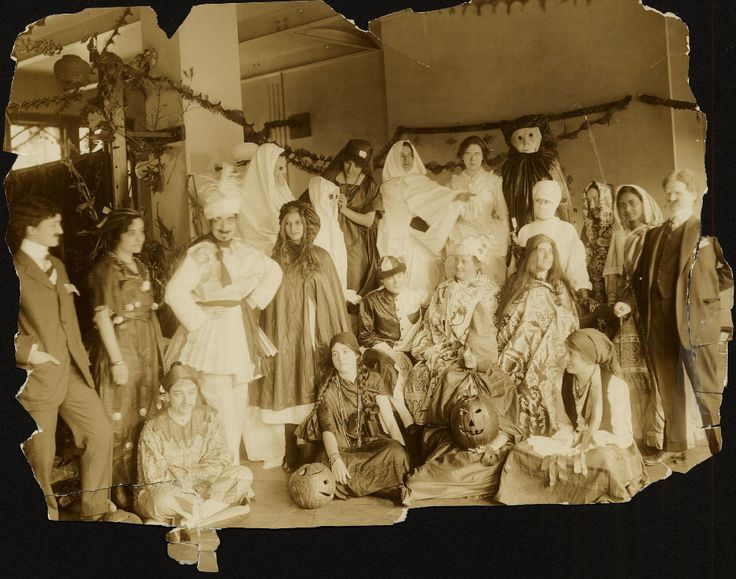 1913 Halloween Party, students from Women's Medical College of Pennsylvania; source: http://xdl.drexelmed.edu/viewer.php?object_id=2556