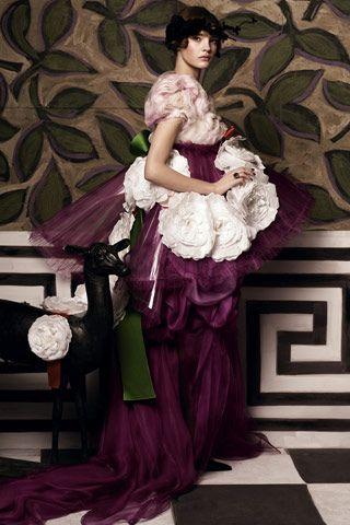 ¿Christian Lacroix o Poiret...?: clara inspiración del maestro Lacroix en un traje maravilloso