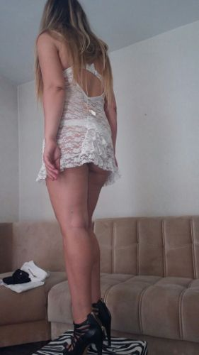 Tire Rus Escort Vika, 28 yaşında 168 boyunda 50 kiloda Rus escort bayanım