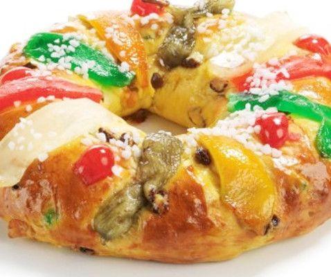 O Bolo Rei é um bolo tipico português que se come normalmente entre o Natal e o Dia de Reis. A origem do Bolo Rei está relacionada com os romanos. …