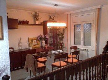 #Vivienda #Girona Chalet en venta en #Llança - Chalet en venta por 300.000€ , 3 habitaciones, 2 baños
