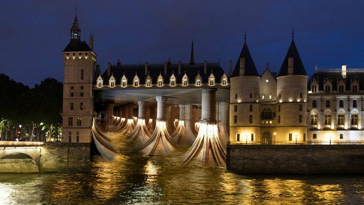 La Nuit Blanche 2016 se tiendra samedi 1er octobre. Six parcours nocturnes seront proposés, parsemés de nombreuses animations et installations artistiques...