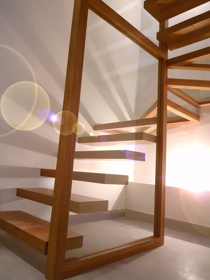 17 meilleures id es propos de escalier flottant sur. Black Bedroom Furniture Sets. Home Design Ideas