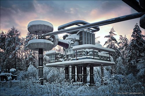 Tesla generator facts, projects and experiments. http://www.teslagenerato... High Voltage Research Installation with Tesla generators