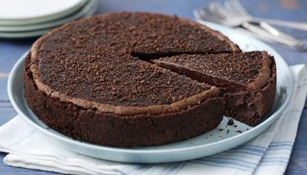 Mississippi Mud Pie  http://www.bbc.co.uk/food/recipes/mississippimudpie_93659