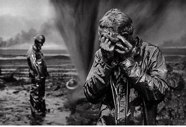 Oil wells firefighter. Greater Burhan, Kuwait 1991 © Sebastião Salgado