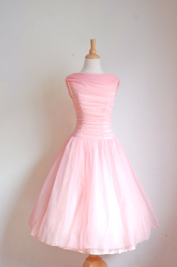 Vintage Chiffon Prom Dress    Pretty in Pink    1950s