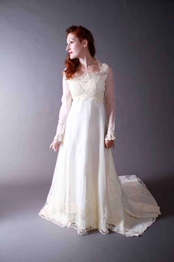 vintage 1970s wedding gown romantic juliette renaissance