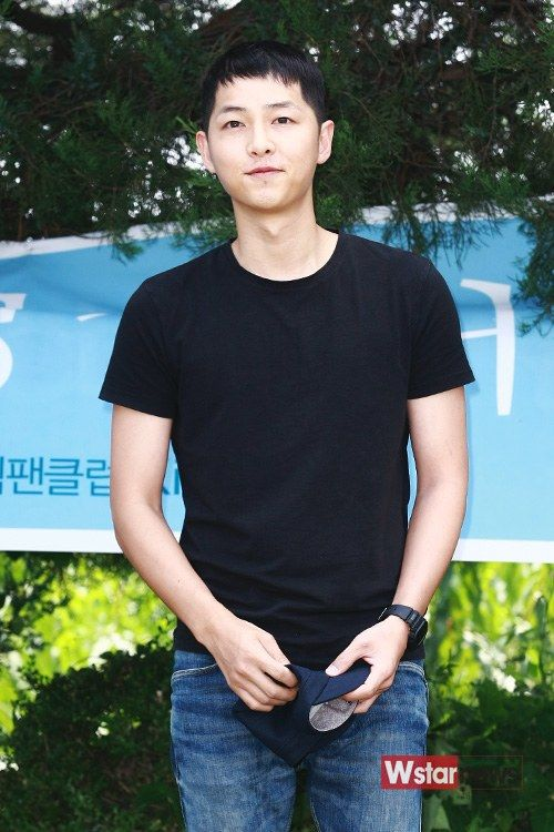 Song Joong Ki's enlistment *18