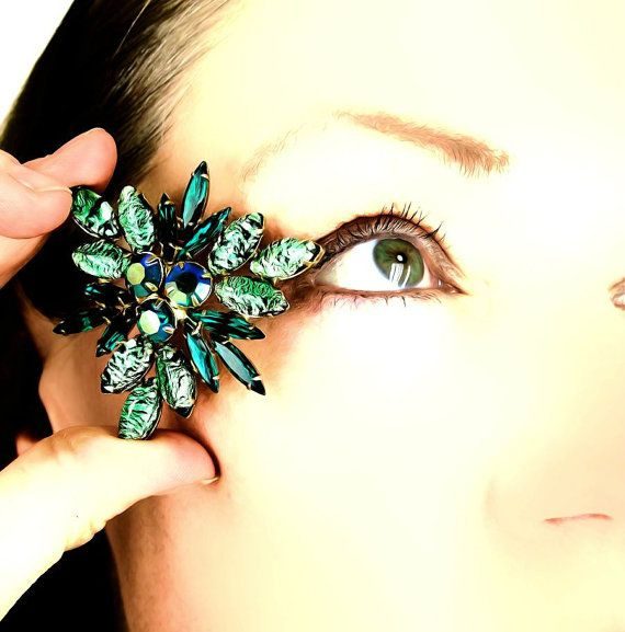 Vintage Foiled Green Rhinestone Triangle Brooch by denisebrain, $39.00