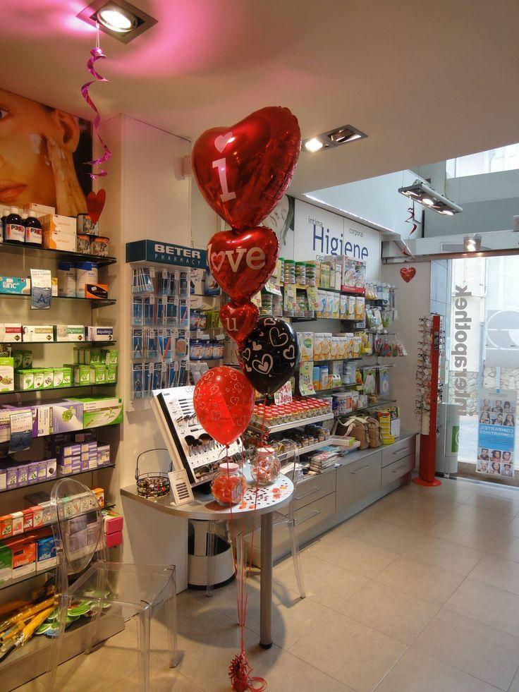 Decoraci n san valent n con globos nuestra farmacia - Decoracion farmacias ...