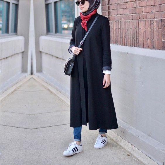 Vous cherchez comment Comment porter la robe chemise en automne? Alors, dans ce post nous vous proposons 55 Styles de robe chemise pour vous aider à bien porter avec votre look de hijab. inspirez vous! Vous en dites quoi? commentaires
