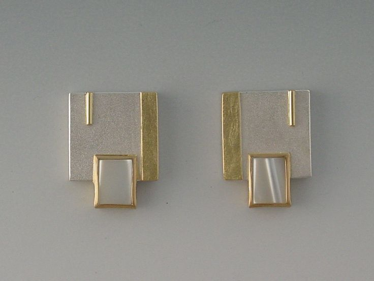 EARRINGS - STERLING SILVER, 18KT, MOTHER OF PEARL
