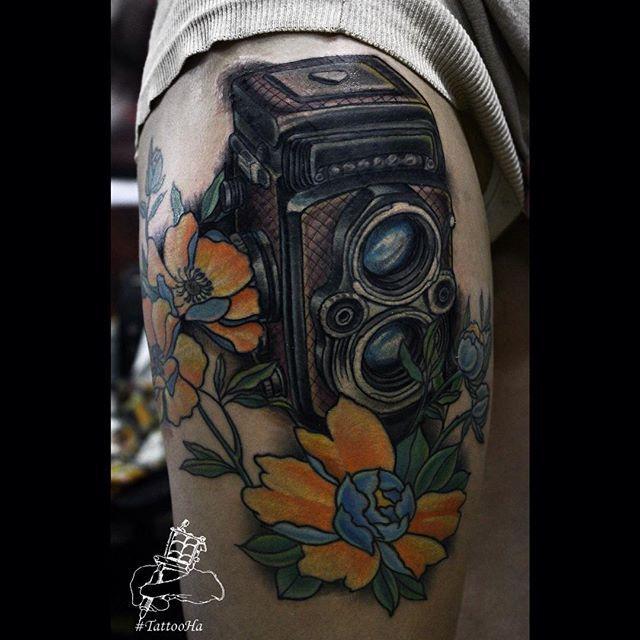 New work. #tattoo #tat #tattoogirl #tattooed #tattoos #tattooer #tattooist #tattooing #tattooart #tattooartist #tatted #tattooworkers #tattoorussia #ink #inked #inkstagram #inklife #inkedup #inkedgirls #newschool #newsschooltattoo #oldschooltattoo #neotraditional #тату #татуировка #татуартист #tattooHa #yurahandrykin