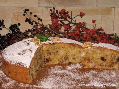 Puszyste i wilgotne ciasto orzechowo - jabłkowe z dodatkiem czekolady. Nie wymaga dużo pracy, a do kawki czy herbatki w sam raz