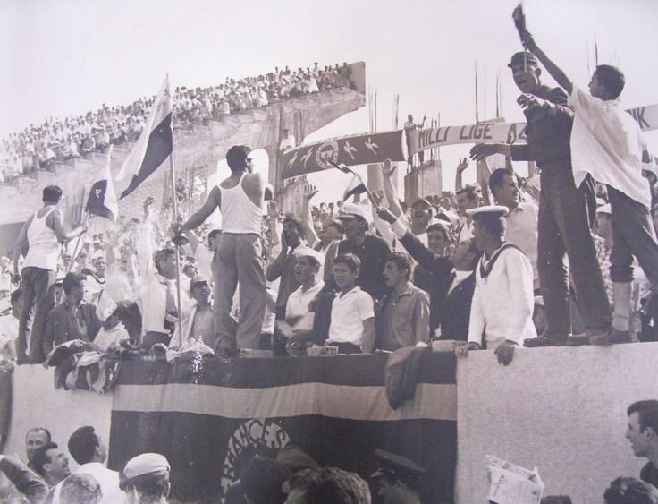 Fenerbahçe taraftarları 1950'ler