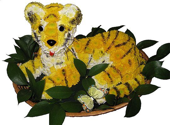 Teddy Bear Made of Flowers | Cute Teddy Bears, Dolls and Toys Made from Flowers - Amazing ...