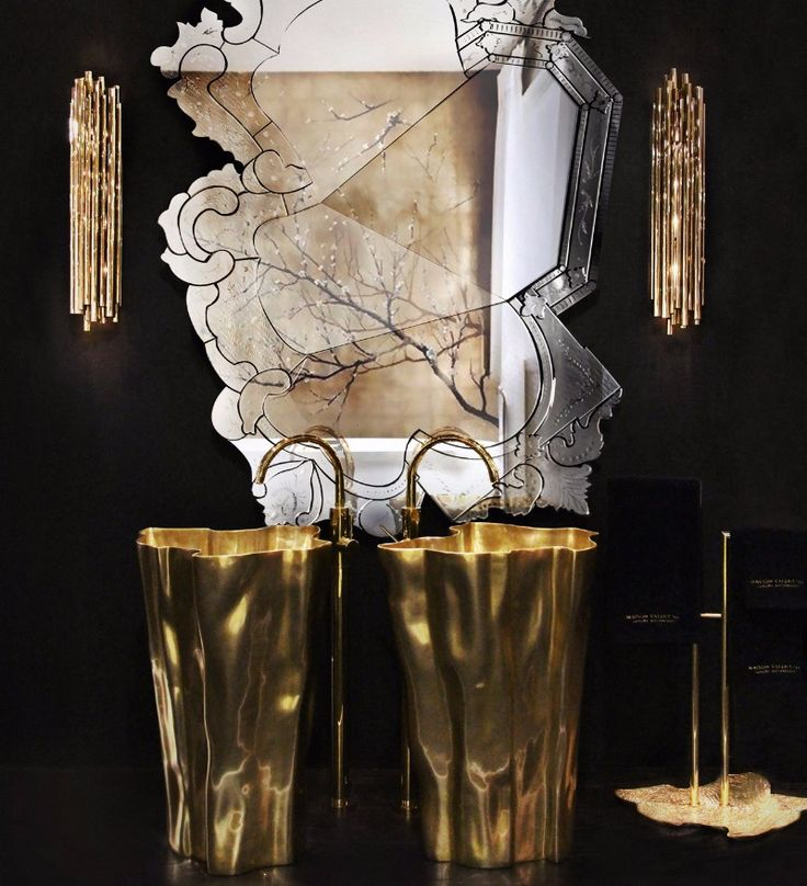 A luxurious home needs some gold, and on this master bathroom a pair of Eden Freestands do just that in glorious style.