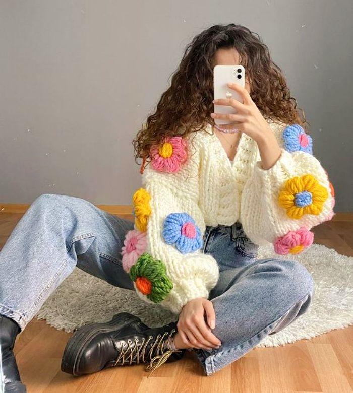 Kawaii Crochet, Cute Crochet, Knit Crochet, Crochet Hair Accessories, Crochet Hair Styles, Chunky Crochet, Crochet Cardigan, Crochet Clothes, Diy Clothes