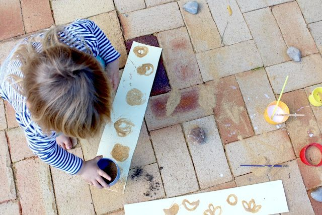 Instructions on sand painting with kids