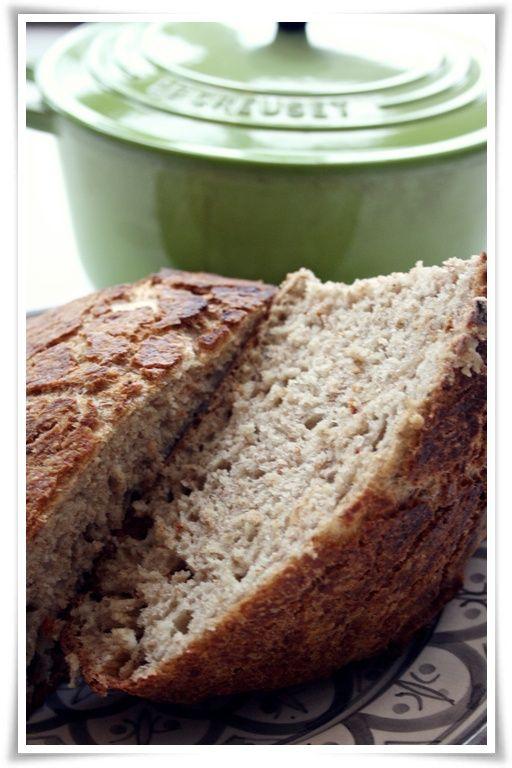 spis drikk lev: Brød i jerngryte - Knasende lykke