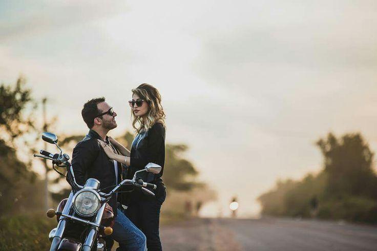 Ensaio casal com moto. Junho, 2015.