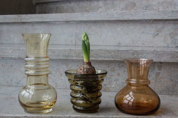 Vintage vases. To the left Kielo by Finnish Tamara Aladin from 1970s.