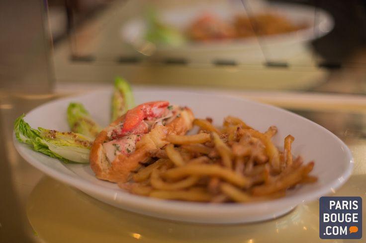 Le Lobster Bar est un restaurant dédié au homard breton. Lieu branché et prisé de Paris, le Lobster Bar emprunte son concept d'outre-Atlantique où les restaurants à homards fleurissaient déjà un peu partout. Pionnier dans le genre à