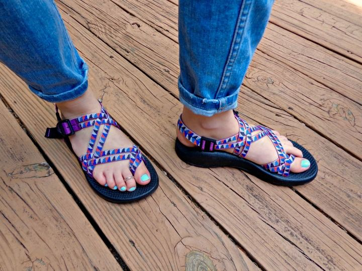 Comparing Chaco Sandal Models The Z 2 V Zx 2 Review In 2020 Chacos Chacos Sandals Sandals