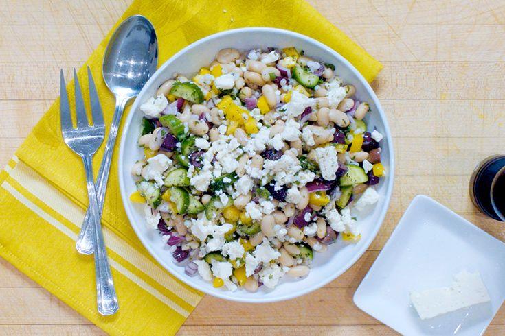 Vidéo: Salade grecque à l'orge et aux haricots