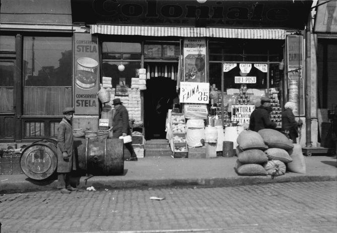 Bukarest, Straßen- und Marktleben in Bukarest: Kolonialwarenladen