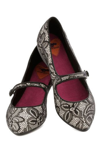 lovely lace flats