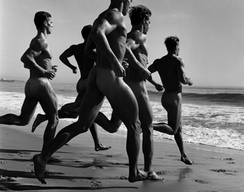 well hello... ;): At The Beaches, Male Body, Photography Spotlight, Daily Workout, Boys, Beautiful, Art, Bruce Weber, Hot Men