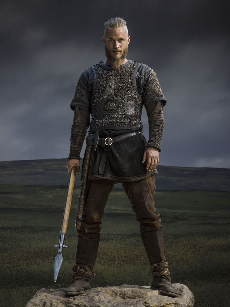 Vikings Vikings Season 2 Ragnar Lothbrok official picture