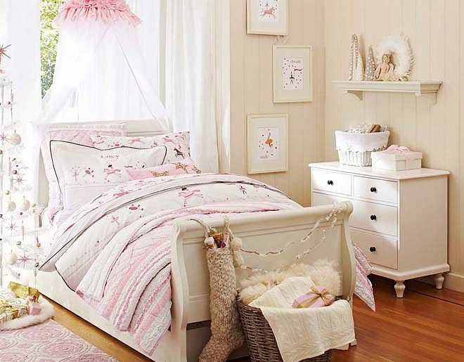 7 Inspiring Kid Room Color Options For Your Little Ones: I Love The Pottery Barn Kids Ringmaster Bedroom On