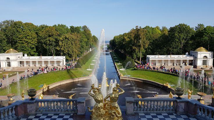 Best of St. Petersburg - Peterhof Blick zum Meer