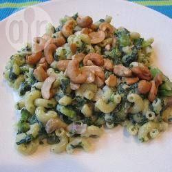 Pasta met spinazie en boursin - Gemakkelijk - 1 persoon - Vega  Variatie: Cherrytomaatjes, Stukjes Dès