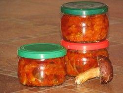 Sałatka z grzybów - Przepisy kulinarne - Sprawdzone i smaczne