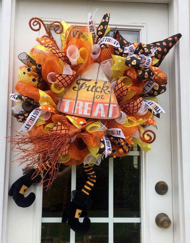 best 25 halloween mesh wreaths ideas on pinterest witch wreath diy deco mesh pumpkin mesh. Black Bedroom Furniture Sets. Home Design Ideas