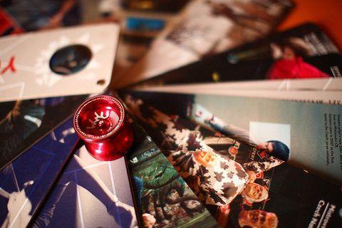YOYEUR - limited edition book & premium yoyo for World yoyo championship 2014 in Prague