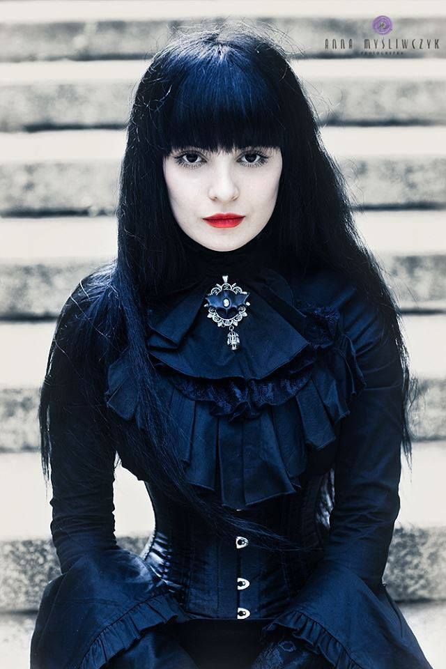 1000 images about desdemona de 39 ville on pinterest for Victorian gothic style