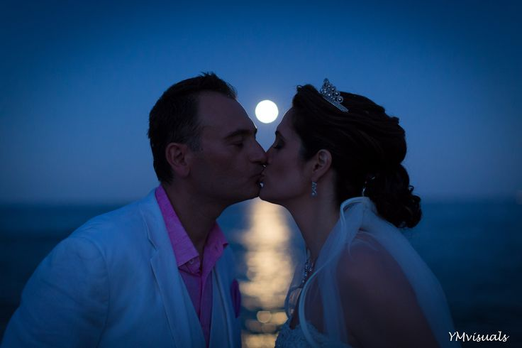 A beautiful moment in a wedding in Spetses.