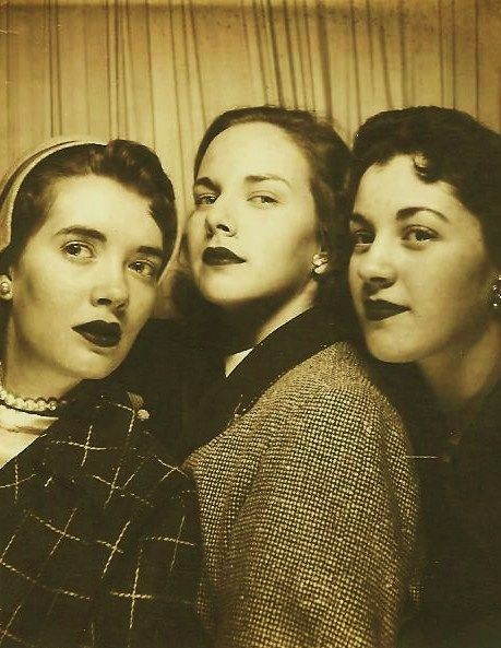 Elizabeth  with her girlfriends, early 1950's